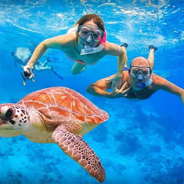 Rasdhoo snorkeling