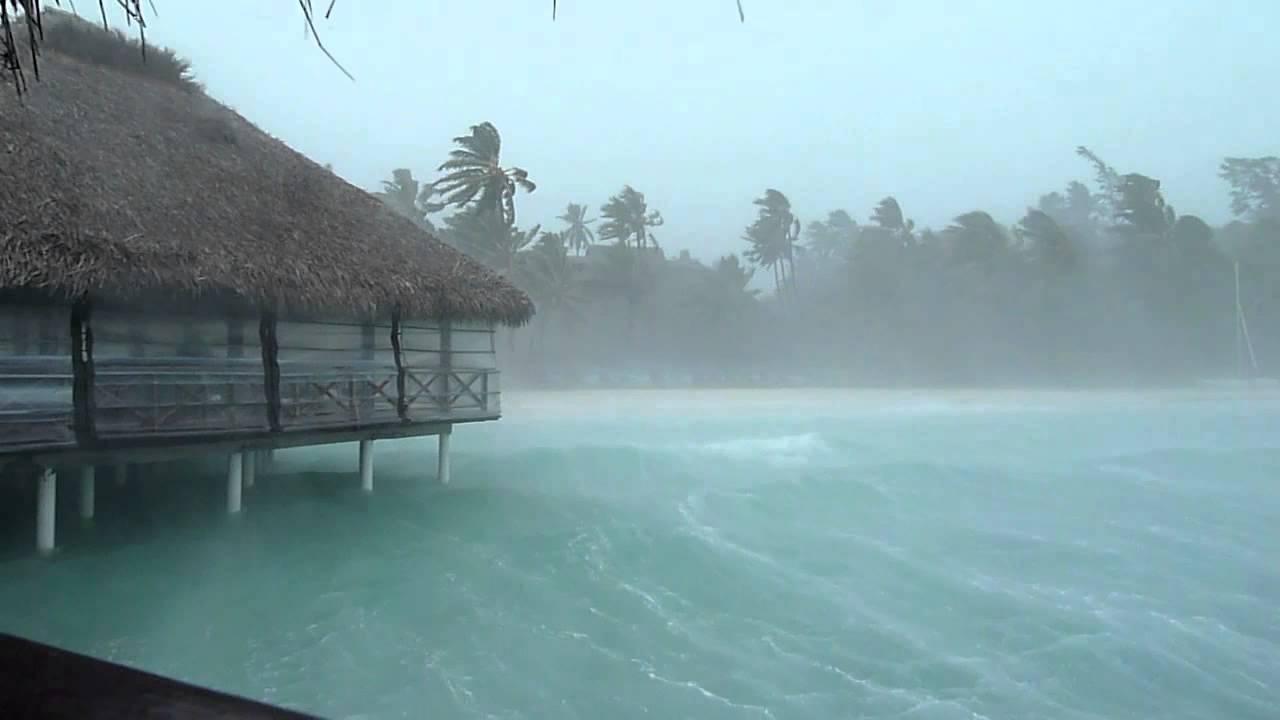 Maldive giugno pioggia