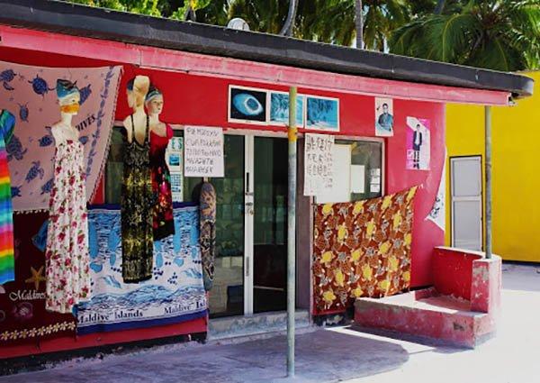 Shopping a Himmafushi Maldive a Maggio