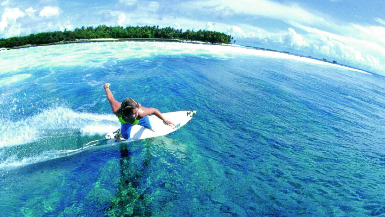 maldive surf